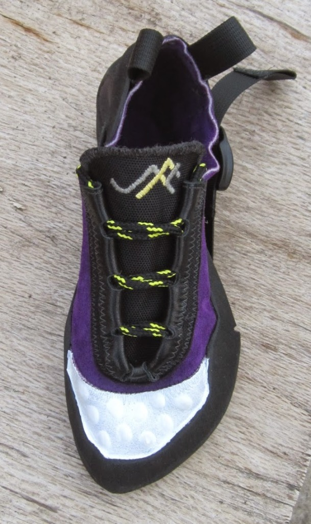 SFT shoe with updated heel design.
